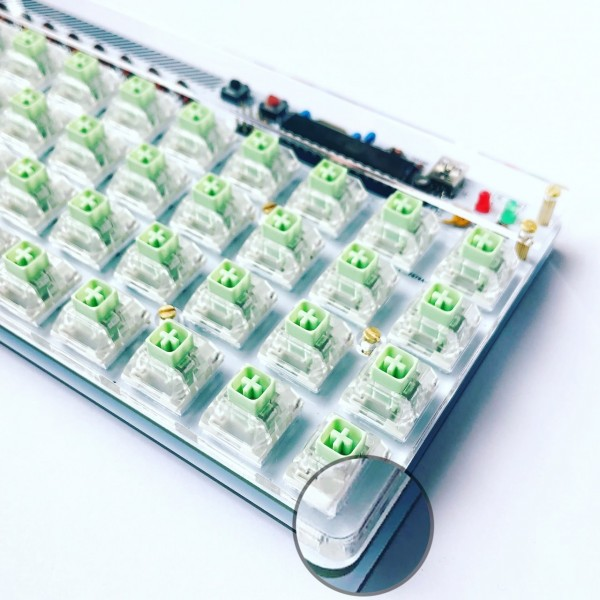 Plate mounted switch on Plaid keyboard with this acrylic top plate