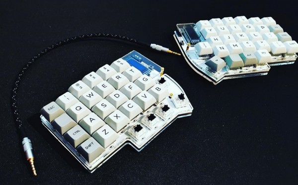 Lily58 acrylic plate case. (Photo by u/josh1nator)